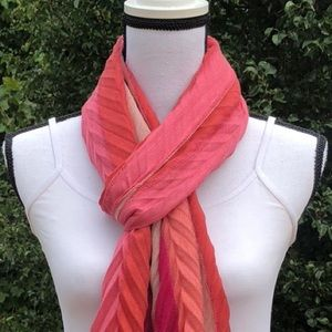 Accessories - Several Shades of Pink